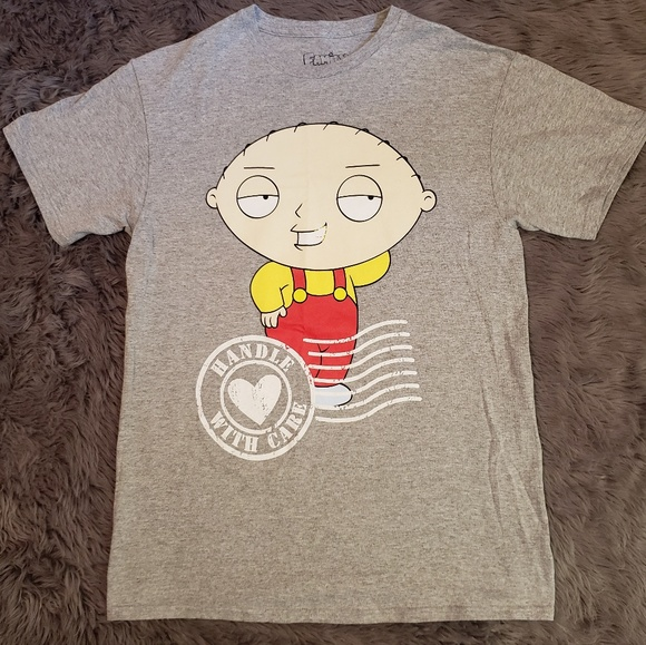 13c8ab5427581 👕NWOT👕 Family Guy With Stewie Tshirt